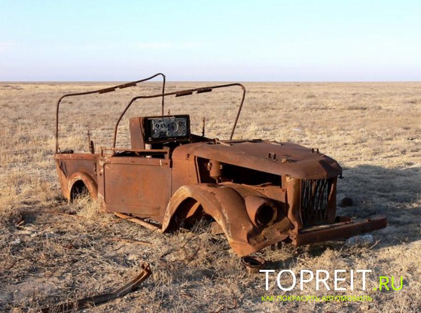коррозия давно уничтожила этот автомобиль